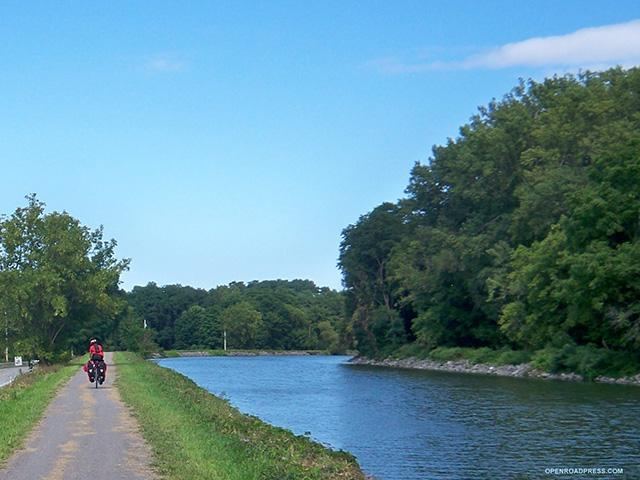 erie-canal-bishop_si.jpg