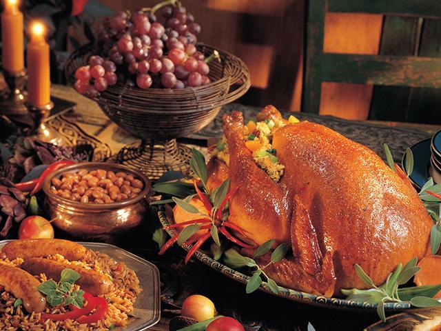 festive-turkey-dinner_SI.jpg