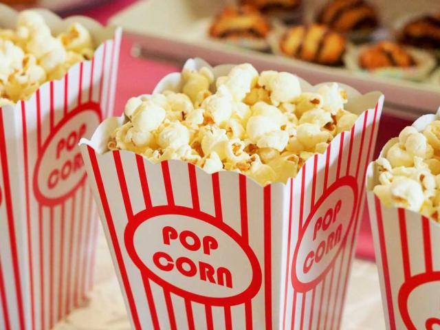 popcorn-movie-party-entertainment-1024x768.jpg