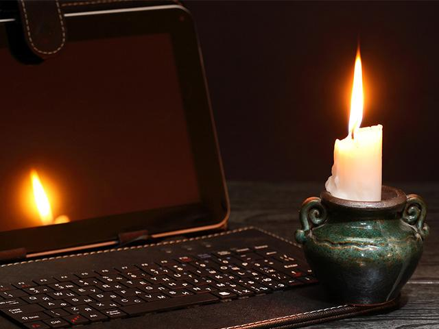 power-outage-candle_si.jpg