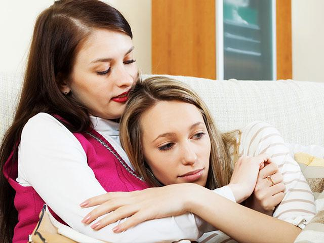 Consoling friend who had miscarriage