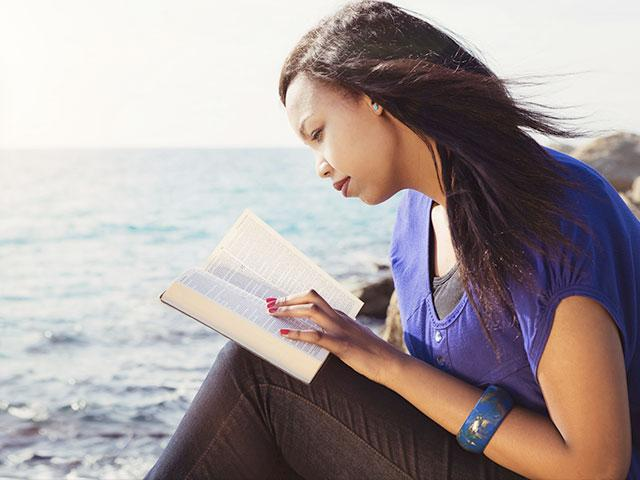 young-woman-reading-bible