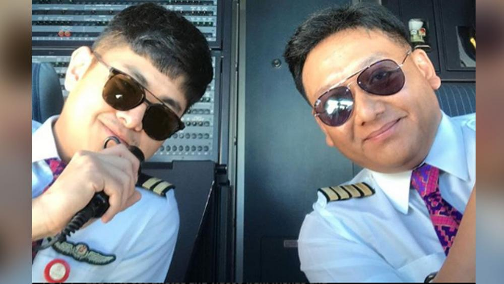 Captain Icoze Mafella, right, and his co-pilot on that fateful day.  Image courtesy: Icoze Mafella/Instagram